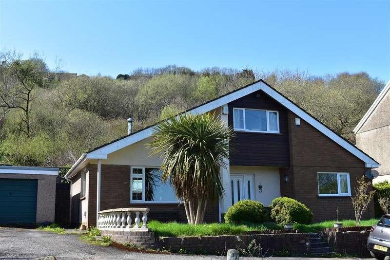 4 Bedrooms Detached House for sale in Davids Terrace, Morriston, Swansea