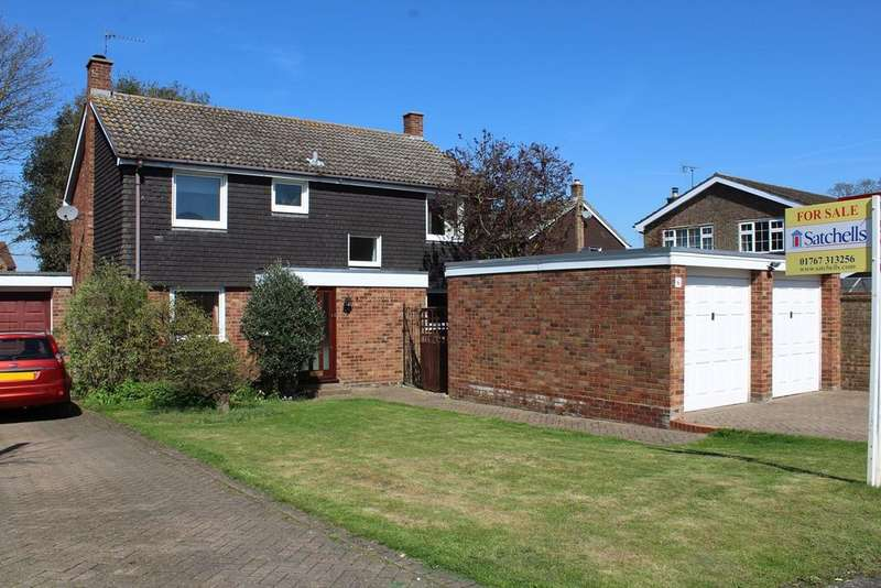 4 Bedrooms Detached House for sale in Birch Close, Broom, Biggleswade, SG18