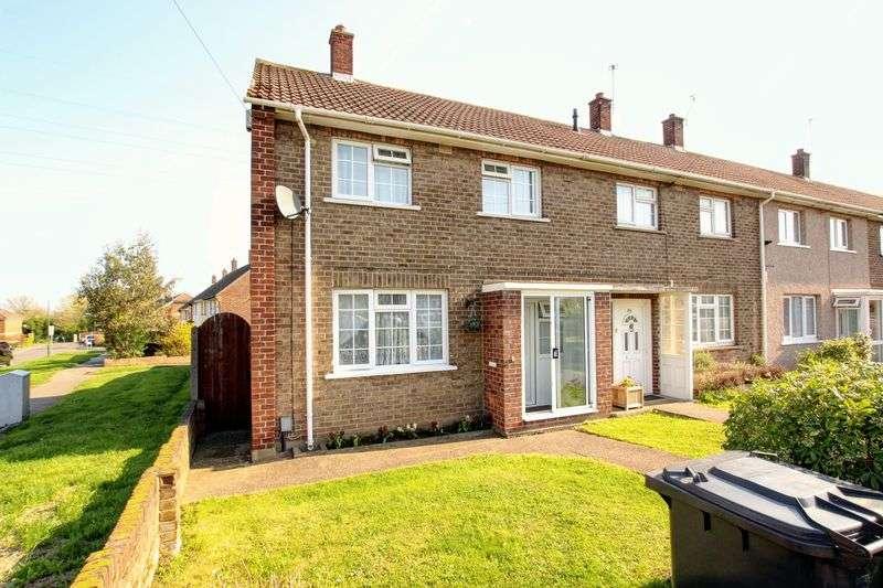 3 Bedrooms Property for sale in Henderson Drive, Dartford