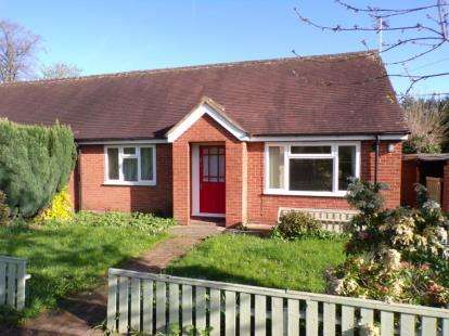 2 Bedrooms Bungalow for sale in Hob Lane, Churton, Chester, Cheshire, CH3