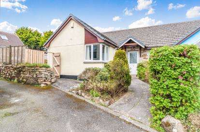 3 Bedrooms Bungalow for sale in Wheal Speed, Carbis Bay, St Ives