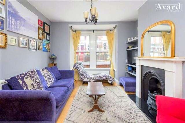 4 Bedrooms Terraced House for sale in Hollingbury Park Avenue, Brighton, BN1 7JF