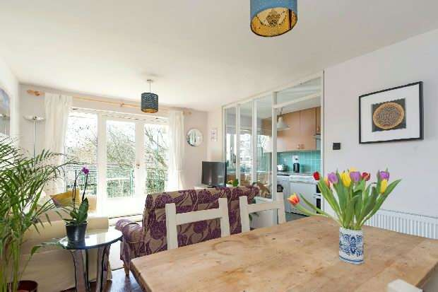 1 Bedroom Flat for sale in Dartmouth Park Hill, Dartmouth Park, N19