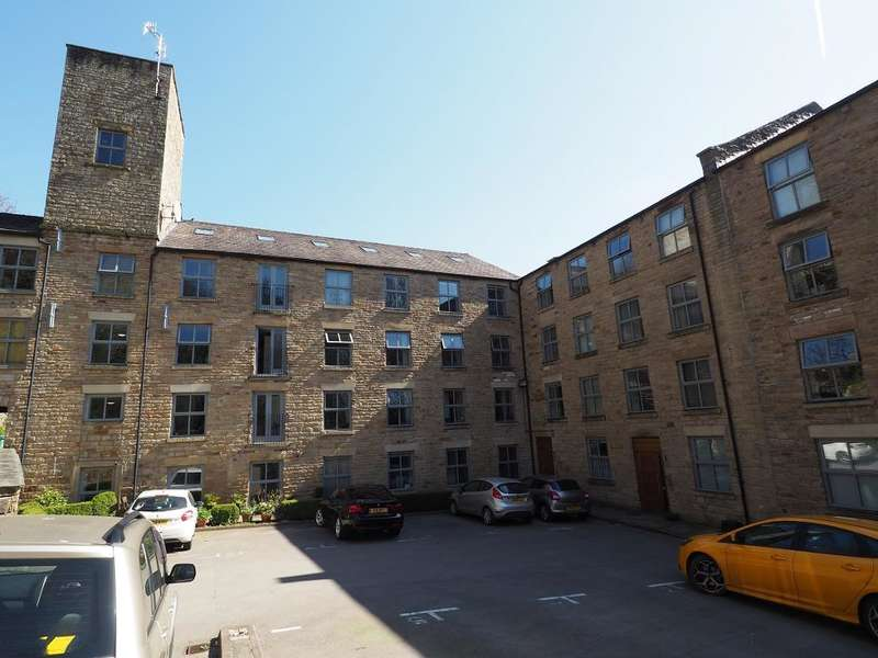 2 Bedrooms Apartment Flat for sale in Hyde Bank Road, New Mills, High Peak, Derbyshire, SK22 4PU