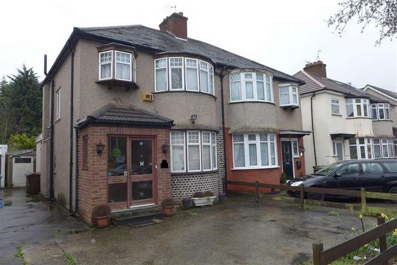3 Bedrooms Semi Detached House for sale in Kenmore Avenue, Harrow, Middlesex