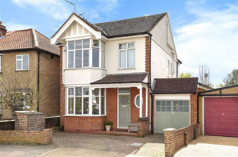4 Bedrooms Detached House for sale in Latchmere Road, Kingston Upon Thames