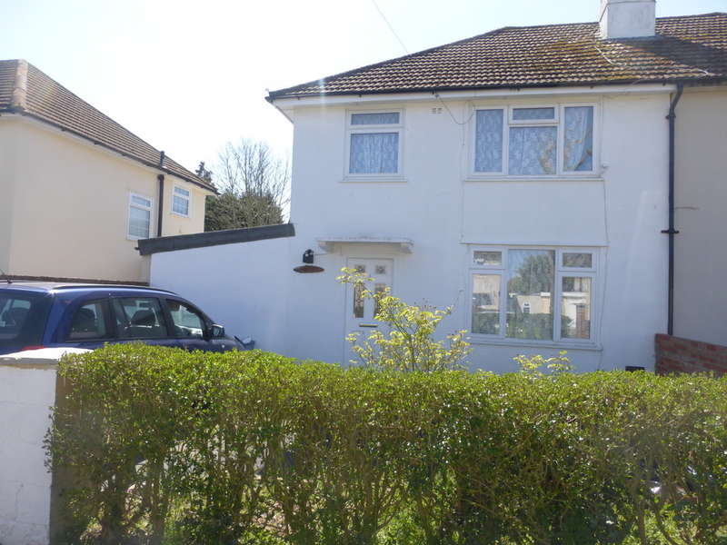 3 Bedrooms Semi Detached House for sale in Cator Close, New Addington, Croydon, CR0