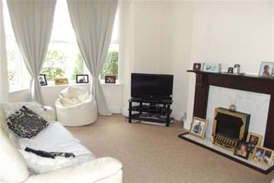 3 Bedrooms Property for rent in Victoria Road, West Bridgford, NG2 7JW