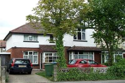 6 Bedrooms House for rent in Langhorn Road, Swaythling