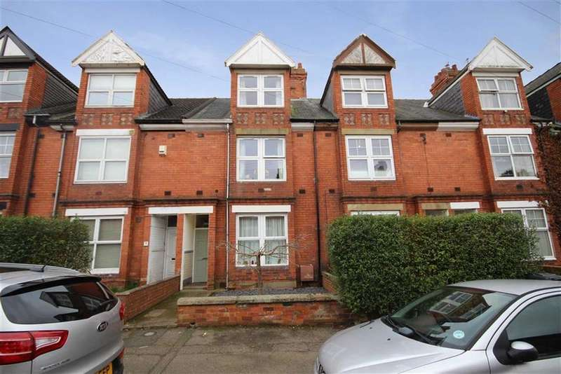 3 Bedrooms Terraced House for sale in St Catherines Grove, Lincoln, Lincolnshire
