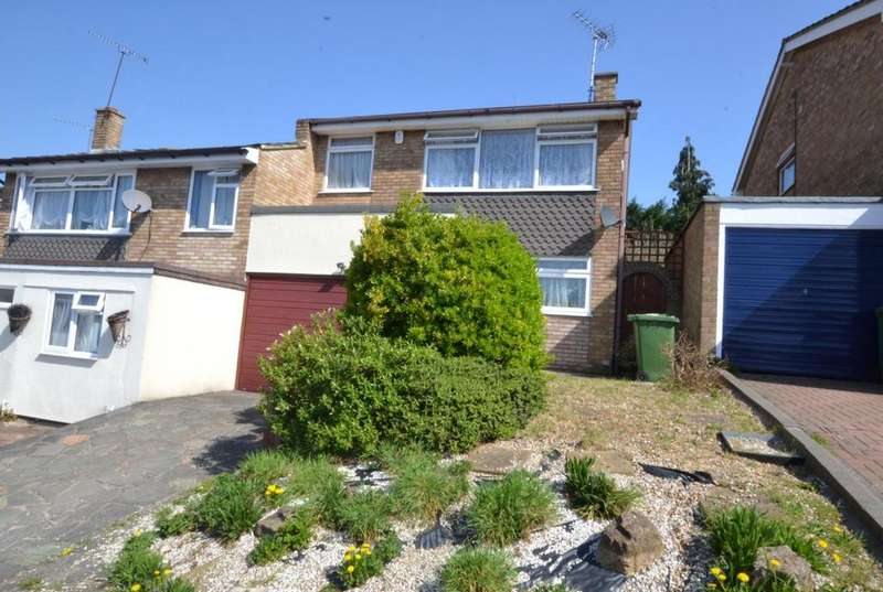 4 Bedrooms Semi Detached House for sale in Hillway, Billericay, Essex, CM11