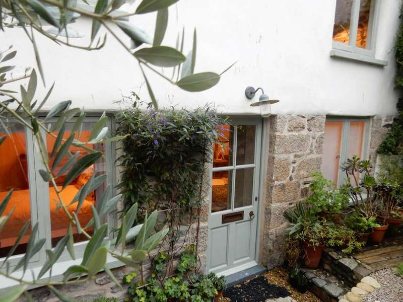 2 Bedrooms Cottage House for sale in Vine Cottages, Newlyn TR18