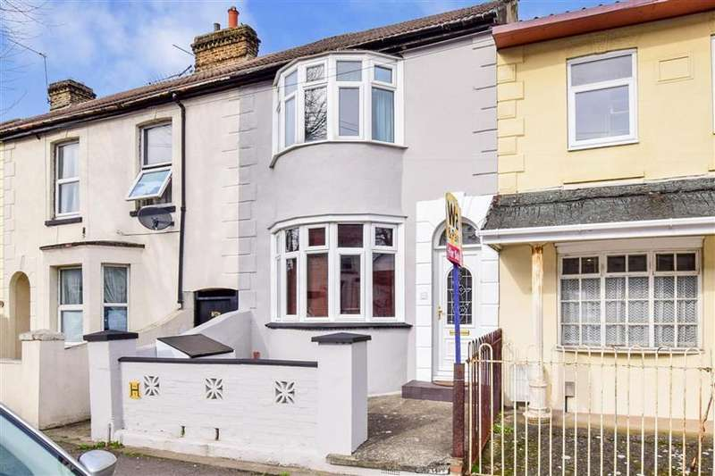 3 Bedrooms Terraced House for sale in Copenhagen Road, Gillingham, Kent