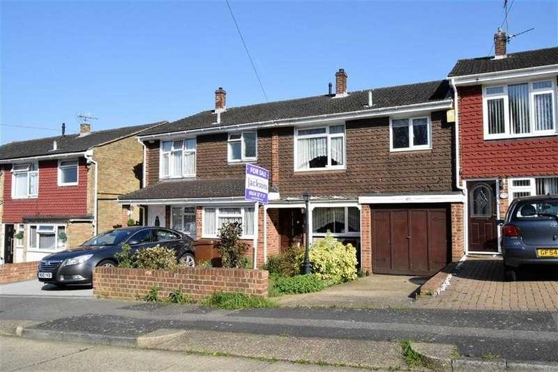 3 Bedrooms Terraced House for sale in Langdale Close, Rainham