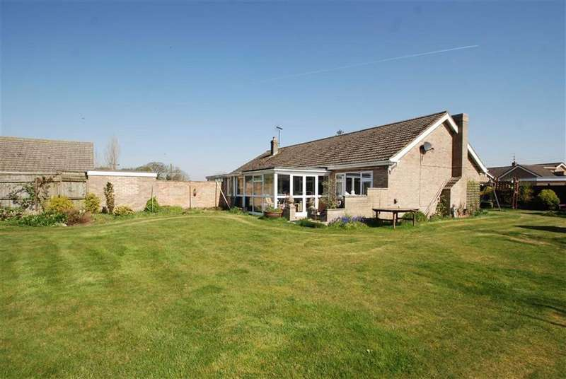 3 Bedrooms Detached Bungalow for sale in Churchfleet Lane, Gosberton, Spalding