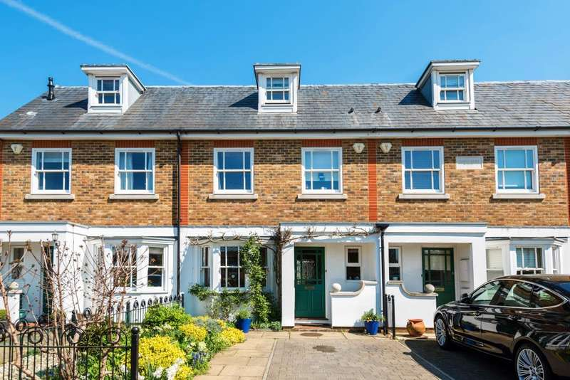 4 Bedrooms House for sale in Forge Mews, Lower Sunbury, TW16