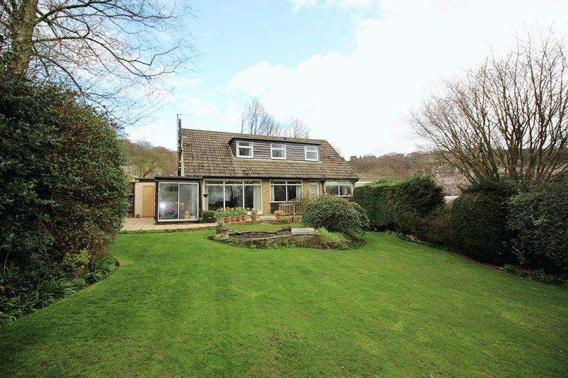 4 Bedrooms Semi Detached House for sale in Windle Royd Lane,Warley, Halifax