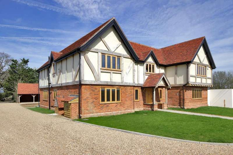 4 Bedrooms Detached House for sale in Pagehurst Road, Marden Thorn, Kent, TN12 9LH
