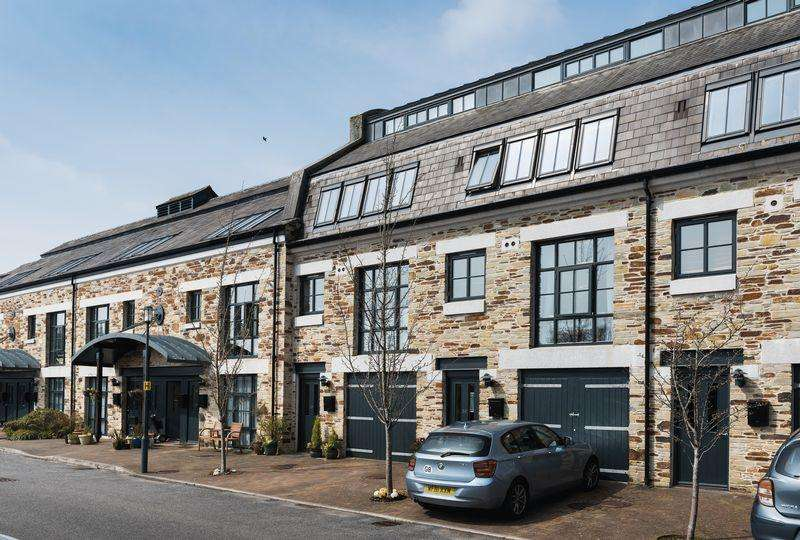 3 Bedrooms Town House for sale in Brunel Quays, Lostwithiel