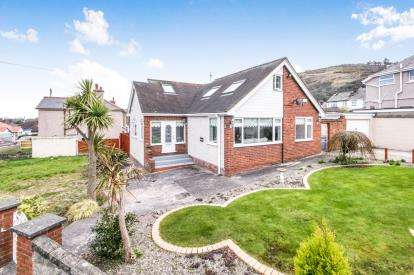 4 Bedrooms Bungalow for sale in Bryn LLys West, Meliden, Denbighshire, Uk, LL19
