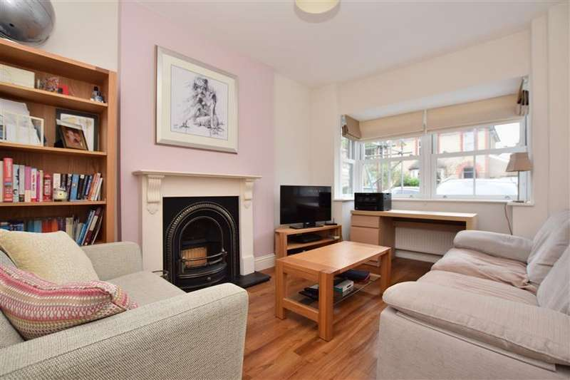 3 Bedrooms End Of Terrace House for sale in Shrewsbury Road, Redhill, Surrey