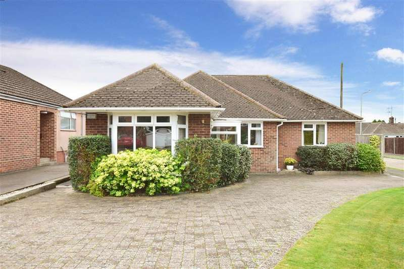 3 Bedrooms Detached House for sale in Chaucer Close, Canterbury, Kent