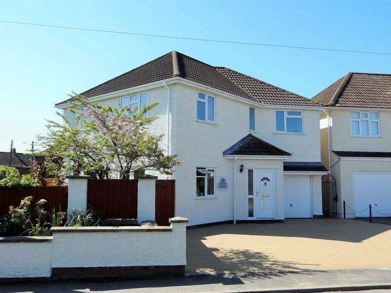 4 Bedrooms Detached House for sale in Newton Road, North Petherton