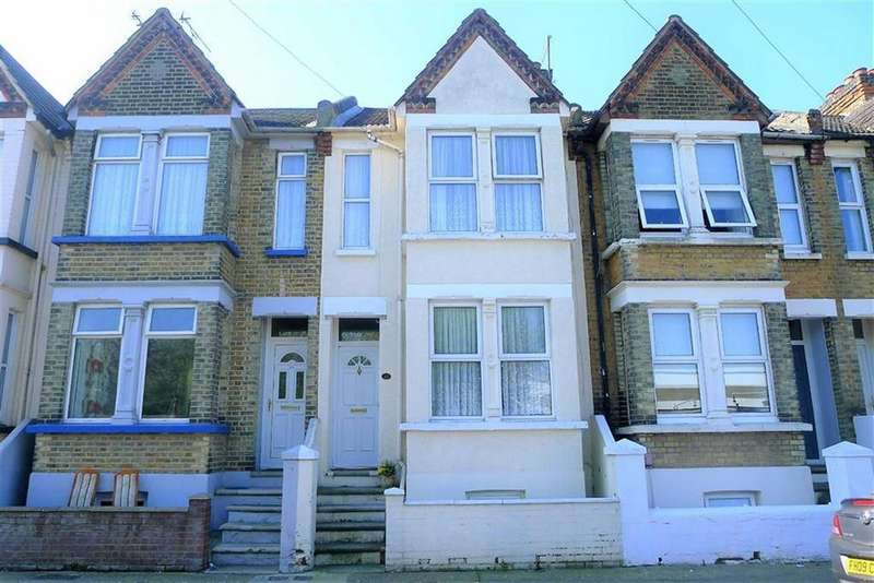 3 Bedrooms Terraced House for sale in Ferndale Road, Gillingham