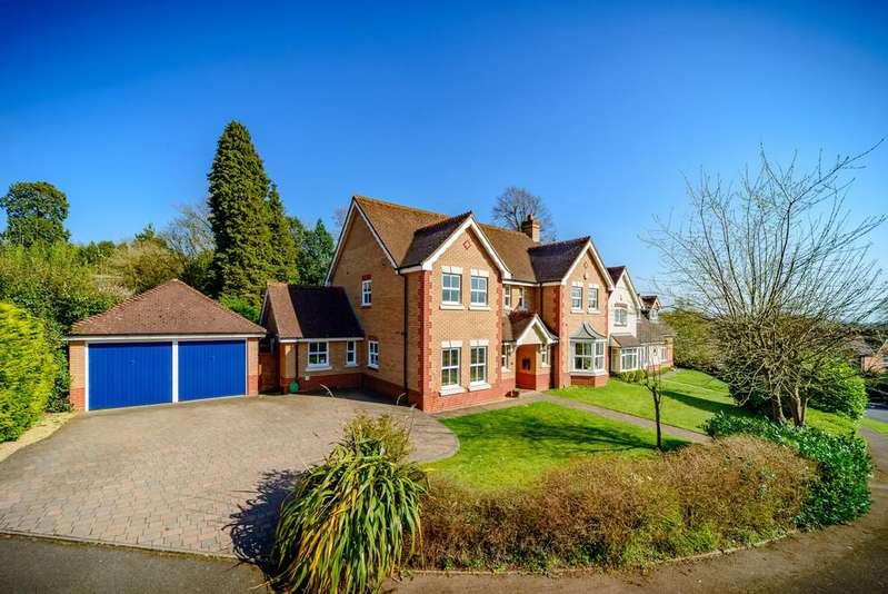 5 Bedrooms Detached House for sale in Littleton Close, Kenilworth
