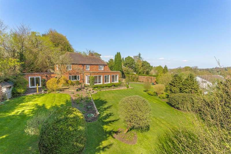 3 Bedrooms Detached House for sale in Highfield, Banstead