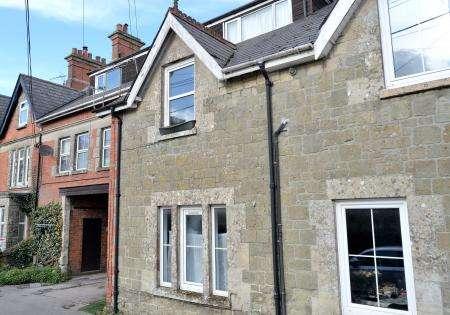 1 Bedroom Flat for sale in Flat 3, 15 Victoria Street, Shaftesbury, Dorset