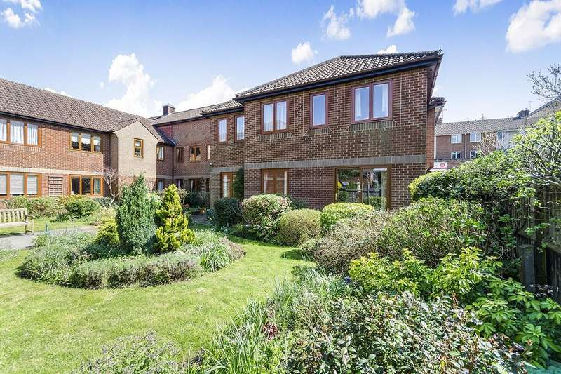 2 Bedrooms Flat for sale in Orchard Walk, Winchester, SO22