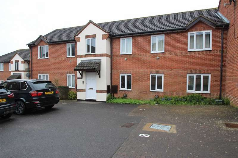 2 Bedrooms Apartment Flat for sale in Orchard Court, Trowbridge, Wiltshire, BA14