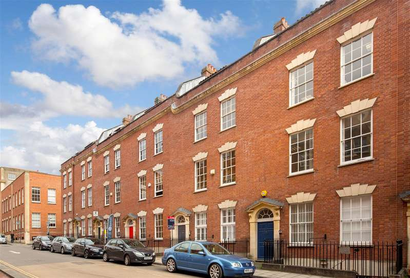 2 Bedrooms Flat for sale in Pritchard Street, City Centre