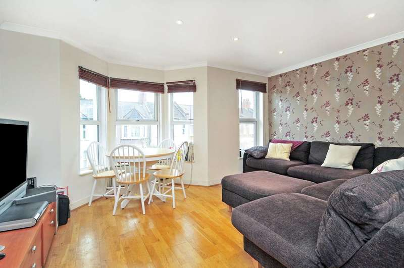 3 Bedrooms Flat for sale in Redfern Road, Harlesden, NW10