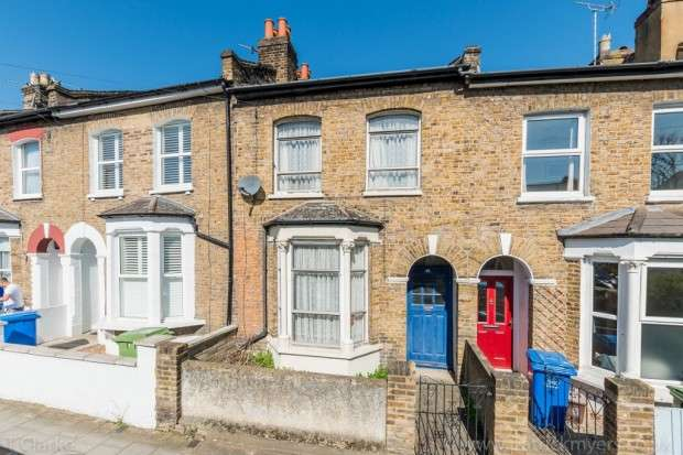 2 Bedrooms Terraced House for sale in Lugard Road, Nunhead, SE15