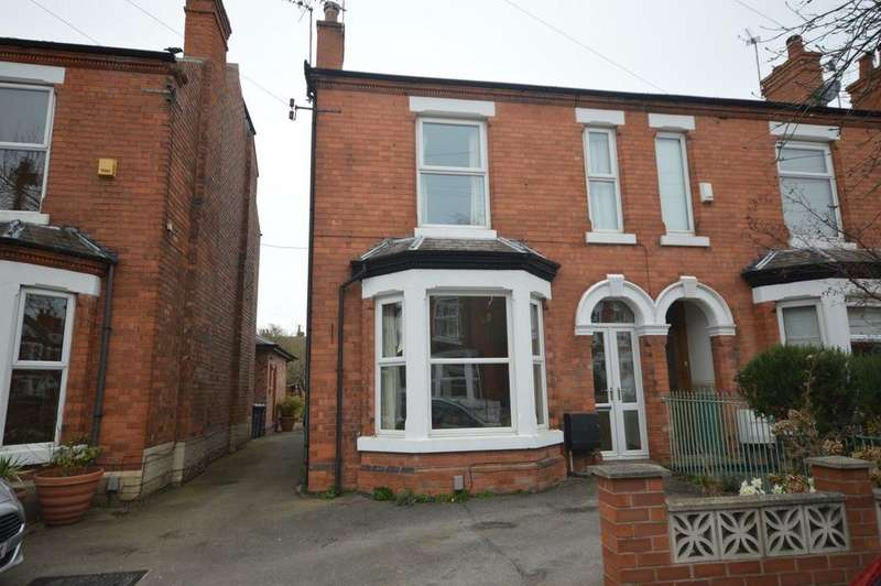 3 Bedrooms Semi Detached House for rent in Ella Road, West Bridgford
