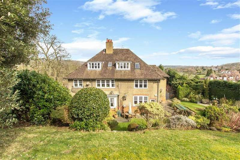 3 Bedrooms Apartment Flat for sale in Westerham Road, Oxted, Surrey