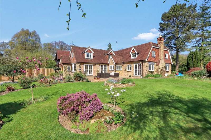 4 Bedrooms House for sale in Penmans Hill, Nr Chipperfield, Kings Langley, Herts, WD4