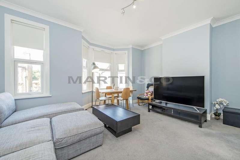 2 Bedrooms Flat for sale in Pulteney Road, Wanstead