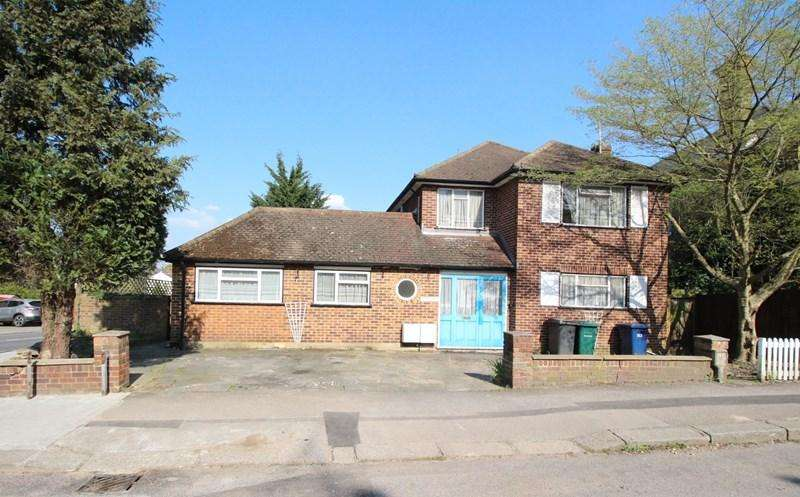 3 Bedrooms Detached House for sale in Woodville Road, New Barnet