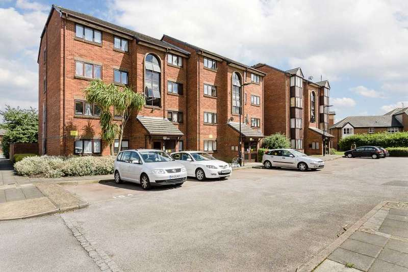 1 Bedroom Flat for sale in Cotton Avenue, London
