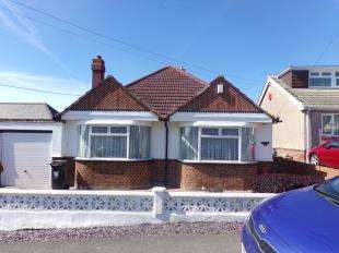 3 Bedrooms Bungalow for sale in Cliff View Road, Cliffsend, Ramsgate, Kent