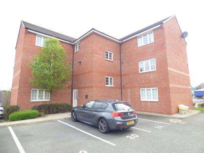 2 Bedrooms Flat for sale in Latimer, Close, Widnes, Cheshire, WA8