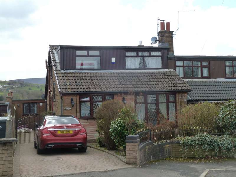 4 Bedrooms Semi Detached House for sale in Greenbank Avenue, Uppermill, Saddleworth, OL3