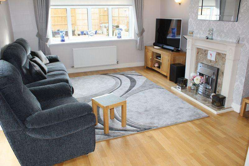 3 Bedrooms Detached Bungalow for sale in Sundon Lane, East End