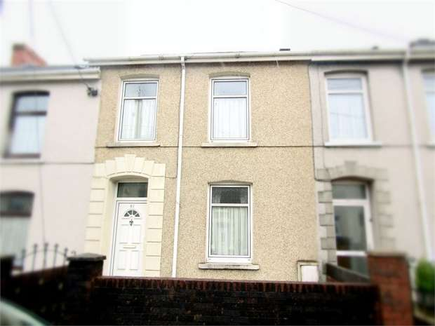 3 Bedrooms Terraced House for sale in Bryngwyn Road, Llanelli, Carmarthenshire