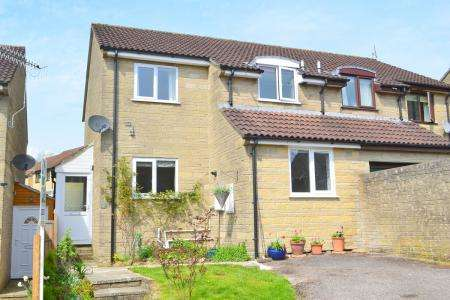3 Bedrooms Semi Detached House for sale in BRUTON BA10 0JA