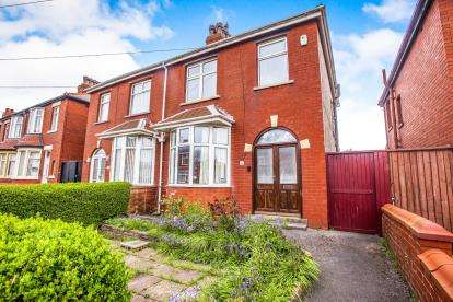 3 Bedrooms Semi Detached House for sale in Toronto Avenue, Blackpool, Lancashire, FY2