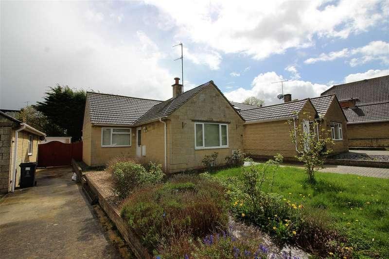 3 Bedrooms Bungalow for sale in Churchfield, Haydon Wick, Swindon